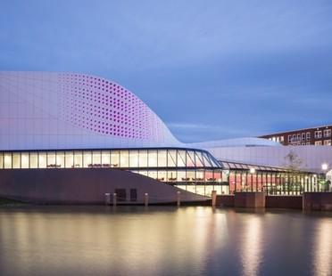 Ben van Berkel  UNStudio, Théâtre de Stoep à Spijkenisse