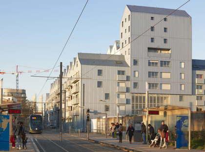 ANMA, Housing dans l'ancienne base sous-marine, Bordeaux