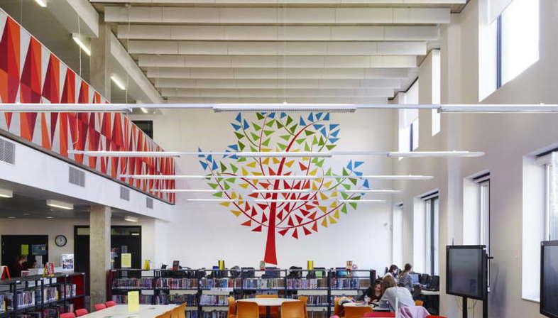 Allford Hall Monaghan Morris, Burntwood School, Londres