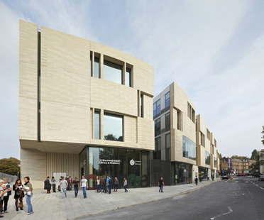 Heneghan Peng Architects réalise le Stockwell Street Building pour l'Université de Greenwich (Londres)