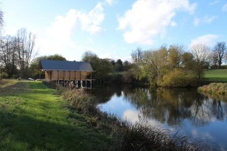 Niall McLaughlin Architects : The Fishing Hut (Hampshire)