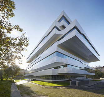 Zaha Hadid Architects, Dominion Office Building, Moscou