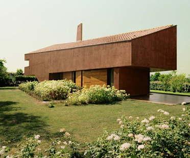 Elasticospa, Golf House, une maison sur les collines