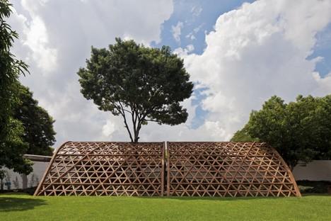 Gabinete de arquitectura, Teleton, Asuncion, Paraguay, 2010 (c) Leonardo Finotti