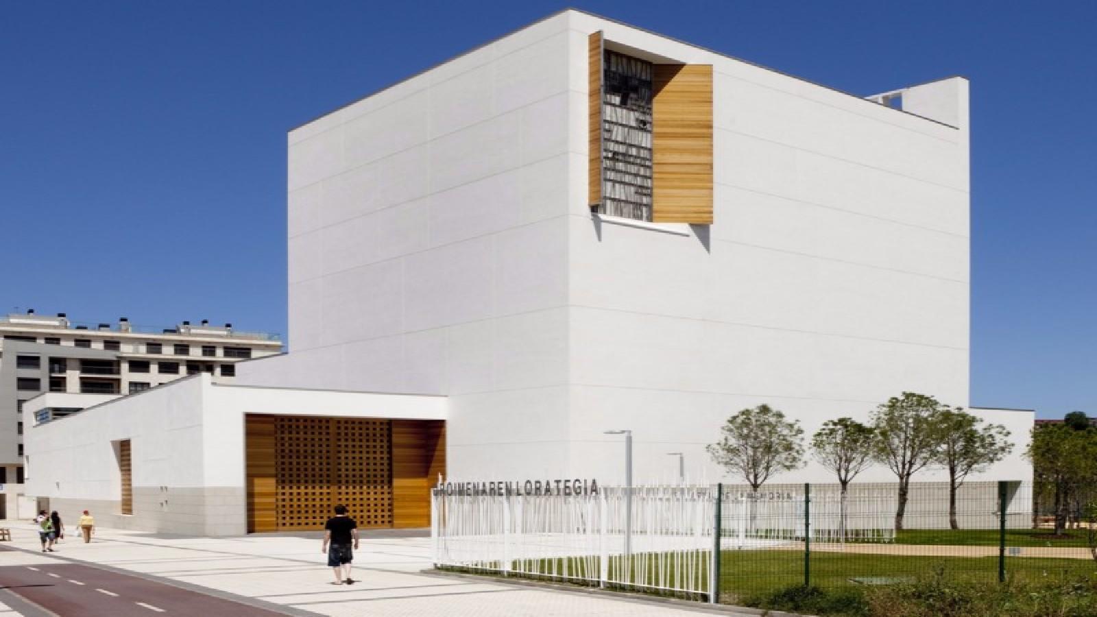 Moneo remporte le prix international d 39 architecture sacree for Prix architecte