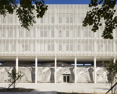 BLOCK architectes Étoile Centre de Recherche du Pôle Scientifique d'Évry
