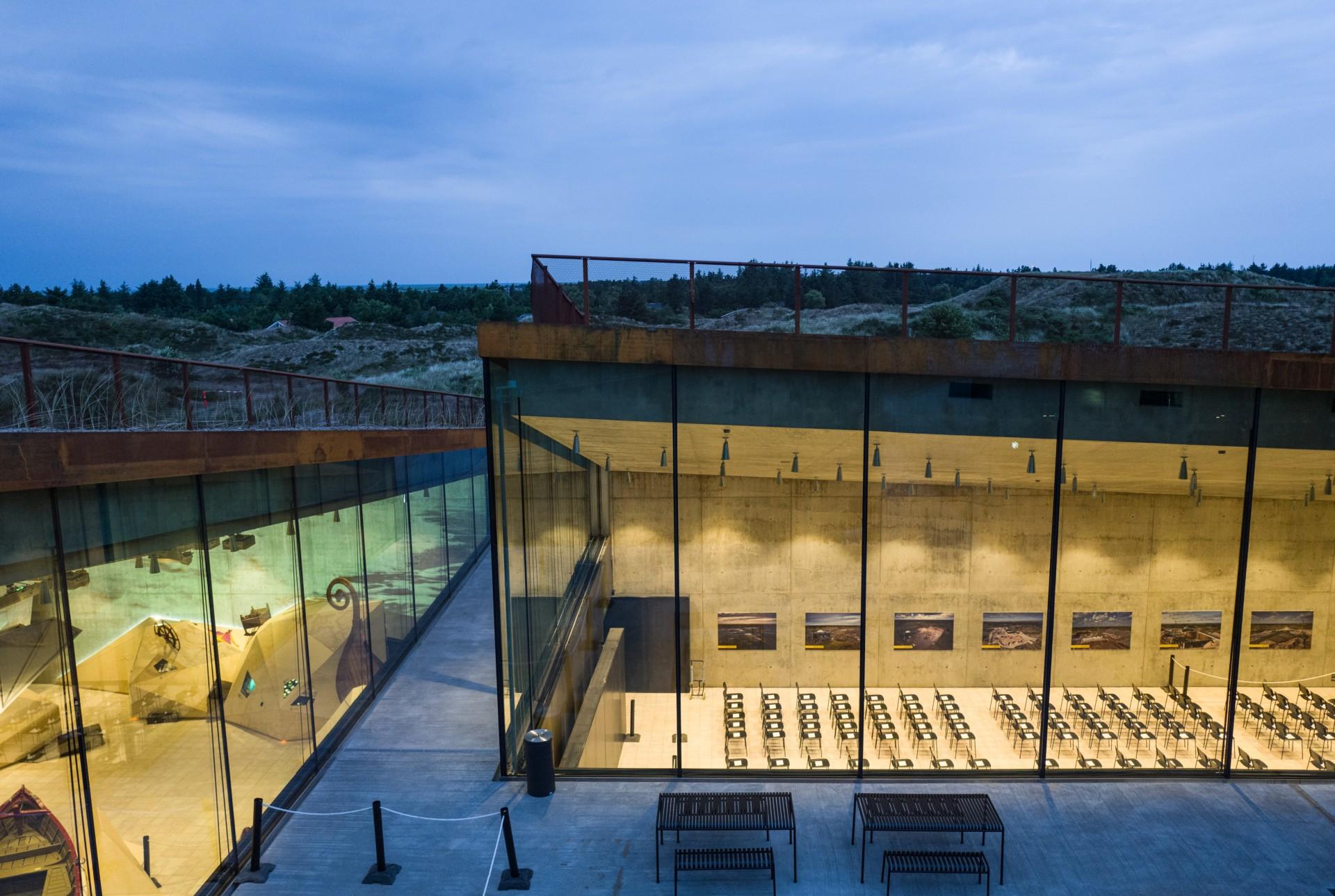 BIG Bjarke Ingels Group Tirpitz le musée invisible au Danemark