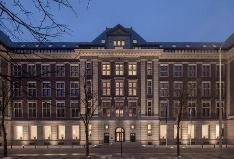 KAAN Architecten transforme le B30, bâtiment historique de La Haye