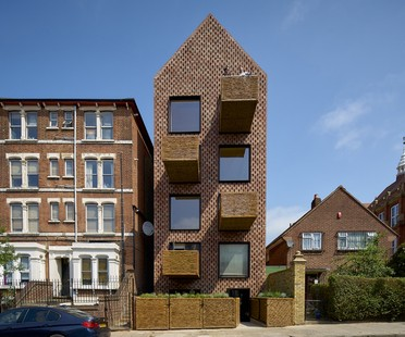Amin Taha + Groupwork Barretts Grove Londres