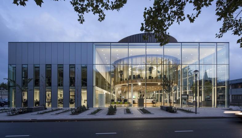 Cepezed Westland Town Hall une serre pour les citoyens de Naaldwijk