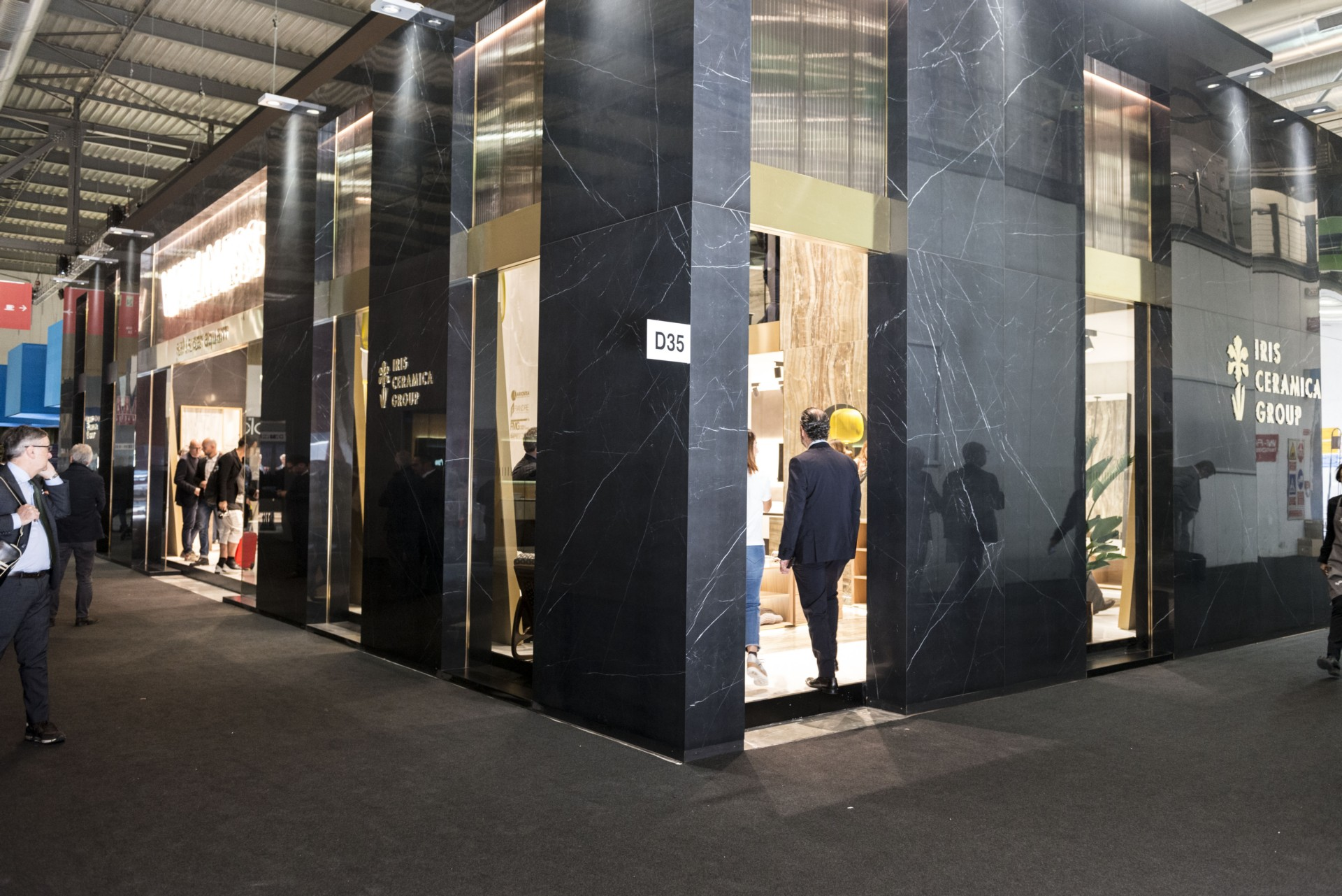 Iris Ceramica Group au salon international du meuble et au Fuorisalone 2018 de Milan