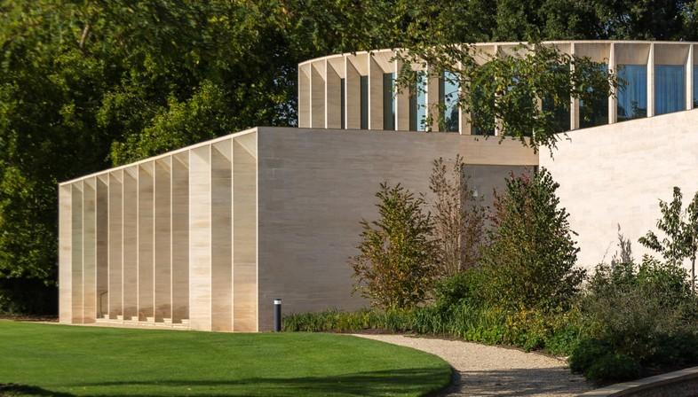 Niall McLaughlin Architects The Sultan Nazrin Shah Centre Oxford