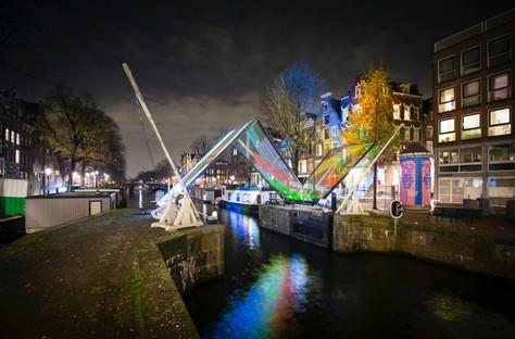 Œuvres artistiques et Architectures de lumière à Amsterdam, Montréal et Salerne
