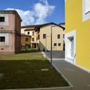 Valle Architetti Associati architecture dans des milieux stratifiés nouveau centre civique de Maniago