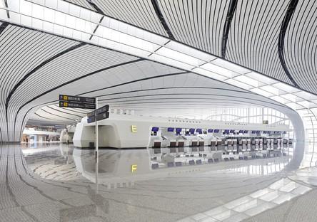 Le Daxing International Airport de Pékin imaginé par Zaha Hadid Architects a ouvert ses portes au public