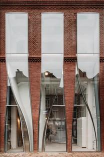 UNStudio The Looking Glass l'architecture d'une façade de la mode à Amsterdam