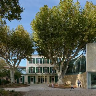 Dominique Coulon & Associés Médiathèque et parc public à Pélissanne