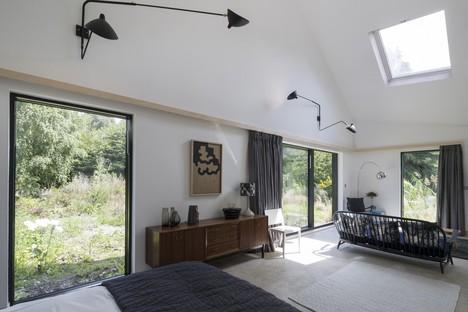Blee Halligan Architects, de grange à B&B, Five Acre barn dans le Suffolk