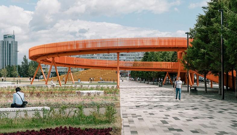 DROM transforme une place monotone en espace public dynamique – Azatlyk Square