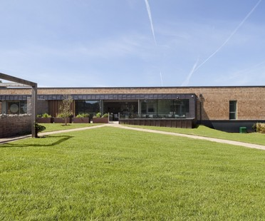 KKE Architects extension du St David's Hospice Newport
