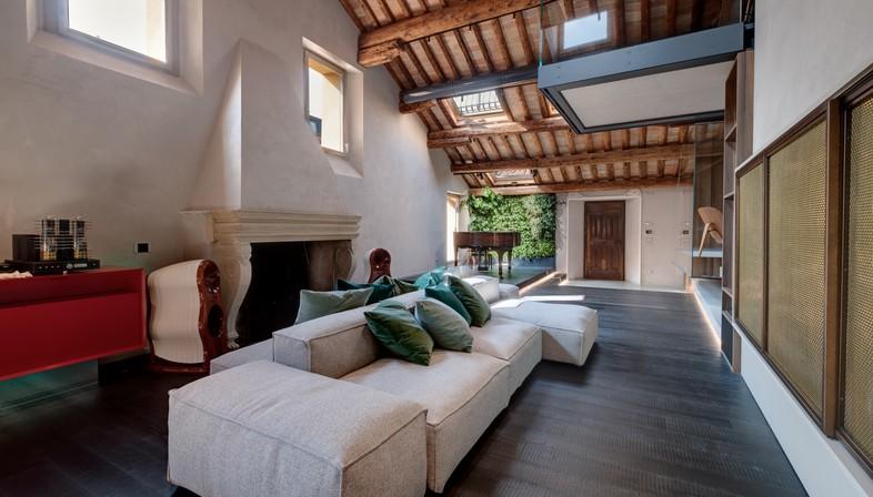 Giuseppe Tortato Architetti émotions et nouveau récit pour un attique de Padoue