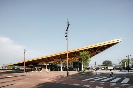 La nouvelle gare d'Assen signée par Powerhouse Company et De Zwarte Hond est achevée