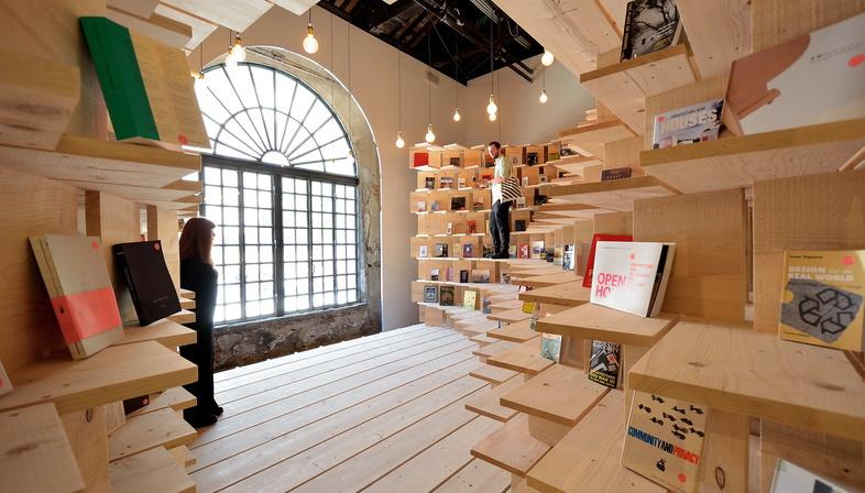 ÉVÉNEMENT REPORTÉ: Les webinaires d'Iris Ceramica Group. Communiquer l'architecture : Tik Tok et le marketing personnel