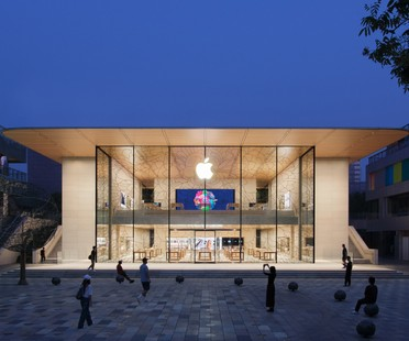 Foster + Partners signe Apple Sanlitun, le nouvel Apple store de Pékin