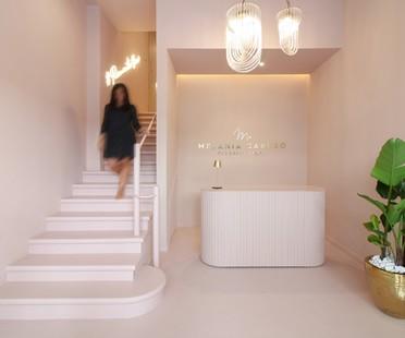 PuccioCollodoro Architetti un projet Minimal Pop pour Melania Caruso Flagship Store