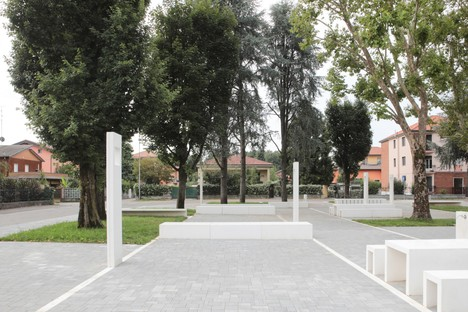 DAP studio via Monviso Square Garden à Garbagnate