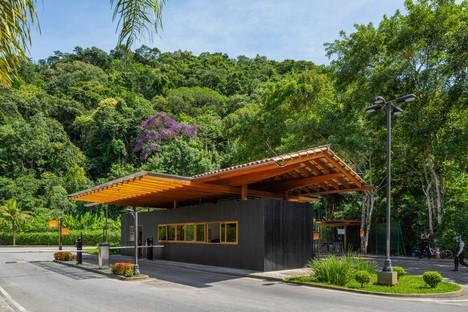 Reinach Mendonça Arquitetos Associados nouvelle entrée et club social Laranjeiras Condominium Rio de Janeiro