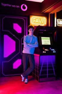 Fabio Novembre conçoit les salles de jeux de Favij et Pow3r