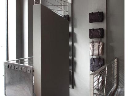 Salle d'exposition Tucano à Milan - Roberto Paoli