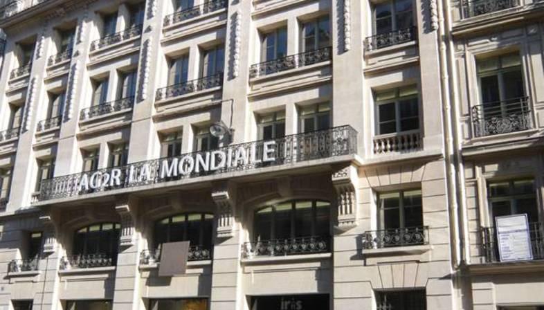 IRIS Boutique a Parigi
