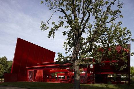 Serpentine Gallery Pavilion 2010 Designed by Jean Nouvel ph. John Offenbach