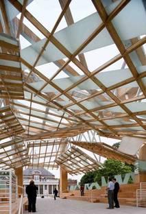 Serpentine Gallery Pavilion 2008 Designed by Frank Gehry ph. Iwan Baan