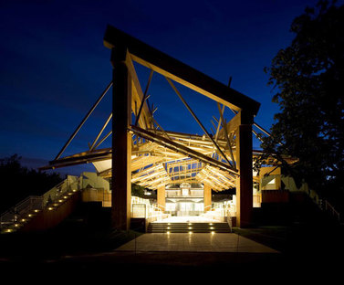 Serpentine Gallery Pavilion 2008 Designed by Frank Gehry ph. Nick Rochowski/VIEW