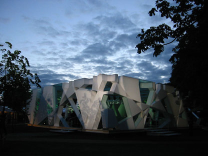 Serpentine Gallery Pavilion 2002 Designed by Toyo Ito with Arup ph. Stephen White