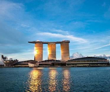Moshe Safdie, hôtel Marina Bay Sands