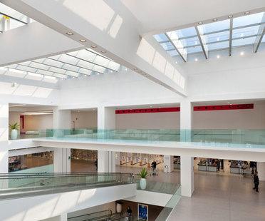 A.T.e T.Associati, Centre Commercial Coné