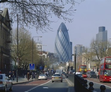 Foster, The Gherkin remporte le CTBUH 10 Year Award