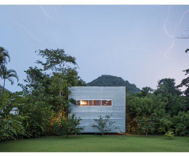 exposition 10+10. MODERNIST AND CONTEMPORARY BRAZILIAN HOUSES