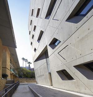 Zaha Hadid Architects, Issam Fares Institute, Beyrouth