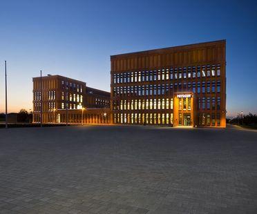 KTA Kadarik Tüür réalise l'Institut de Physique de l'Université de Tartu (Estonie)