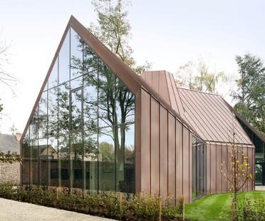 La house VDV di Graux & Baeyens, fattoria fiamminga contemporanea