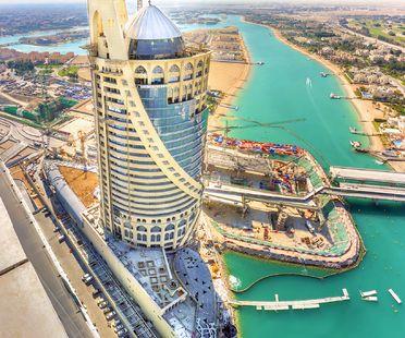 South West Architecture et FMG pour la Falcon Tower de Doha