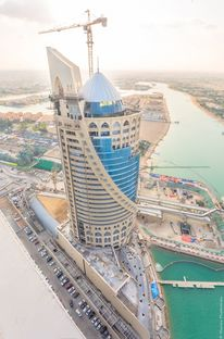 South West Architecture et FMG pour la Falcon Tower de Doha