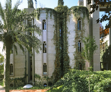 Ricardo Bofill e La Fàbrica, studio nell'ex fabbrica di cemento