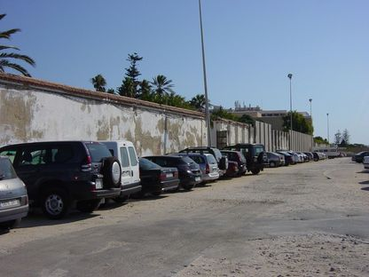 Belvédère et édifice de défense du Parc Genoves à Cadix