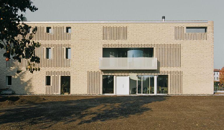 Elasticospa+3 : rénovation d'une maison de campagne à Sacile